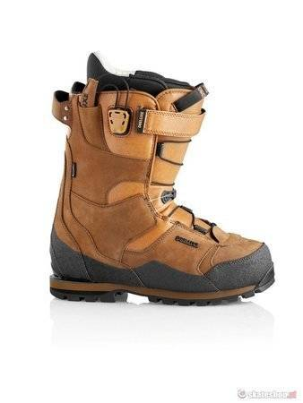 DEELUXE Spark Summit (brown) snowboard boots
