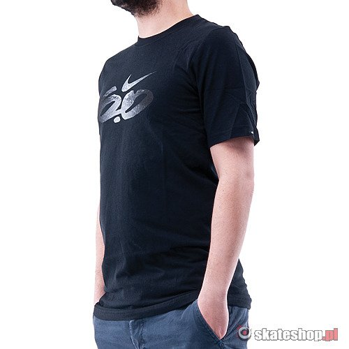 NIKE 6.0 Icon Chucka Slim (black) t-shirt